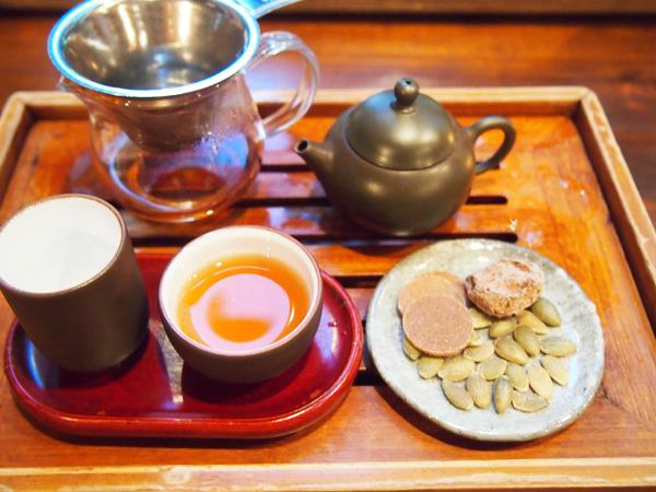 岩茶荘-お茶セット3